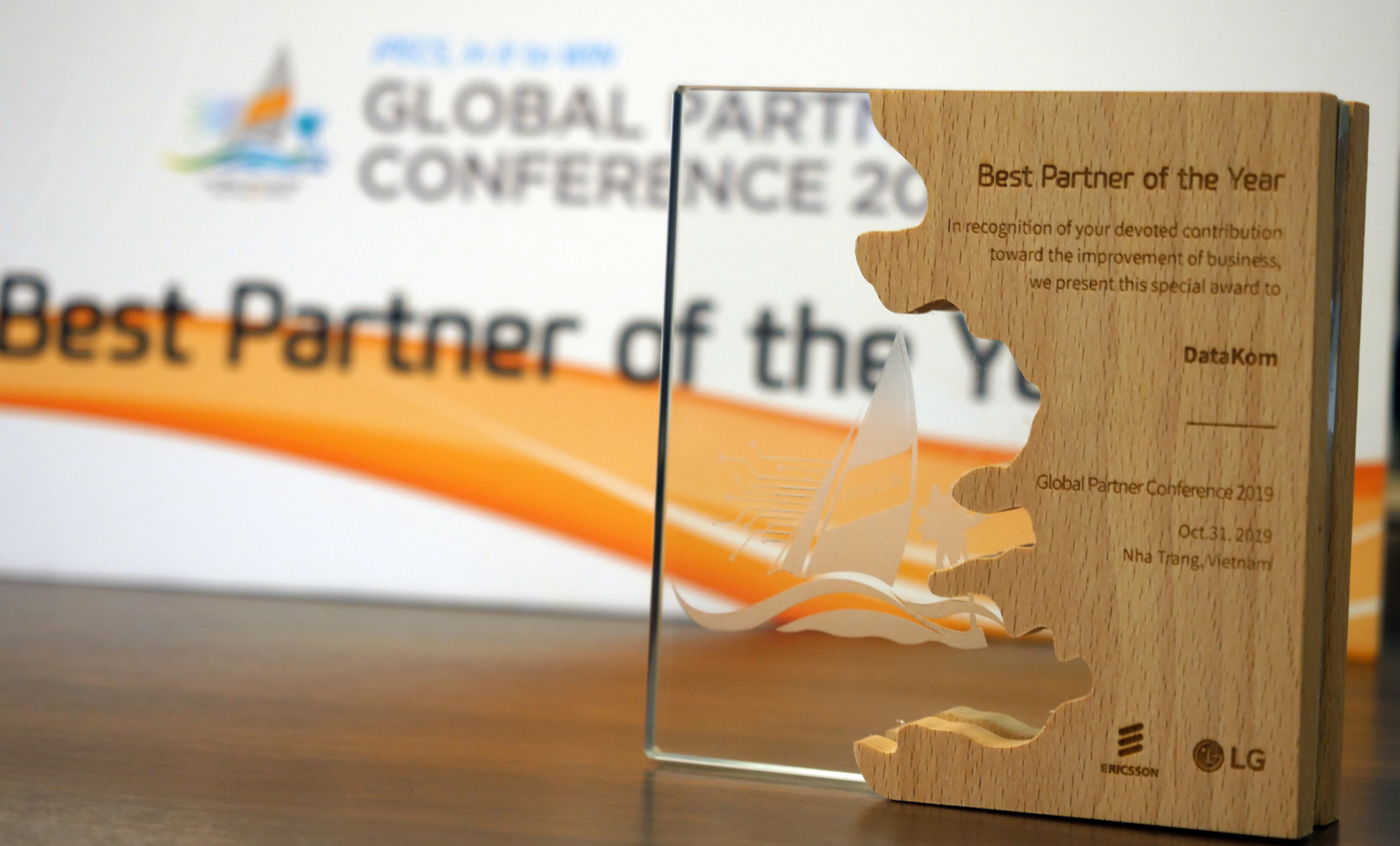 DataKom – Winners of 'Global Best Partner of the Year' award!